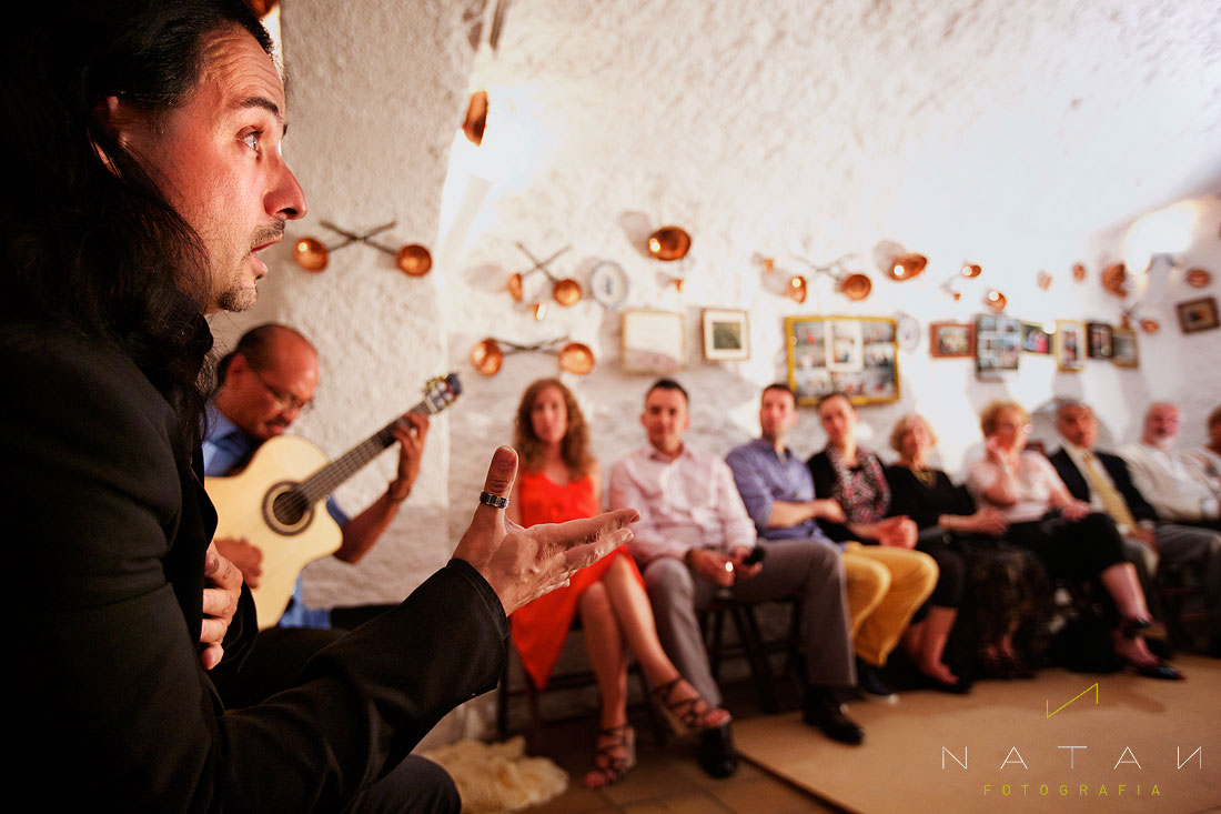 Singer David Sorroche and guitarist Miguelito performing at Cueva La Fragua in Sacromonte, Granada, Spain